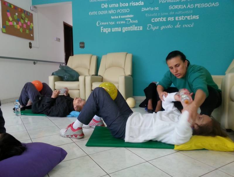 Cuidados Básicos em Idosos Maia - Cuidados Médicos para Idosos