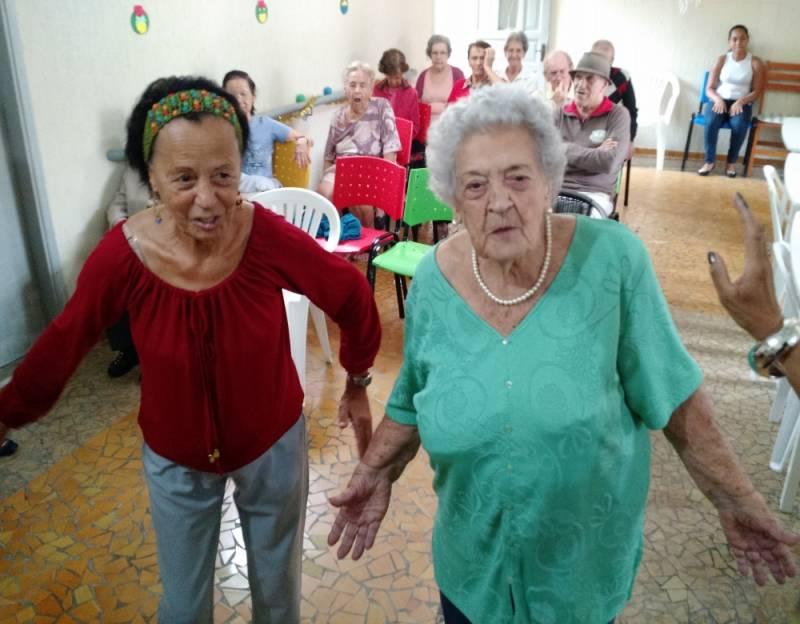 Serviço de Creche para Idoso com Atividades Físicas Vila Matilde - Creche para Idosos com Alzheimer