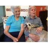 moradia para idosos com demência